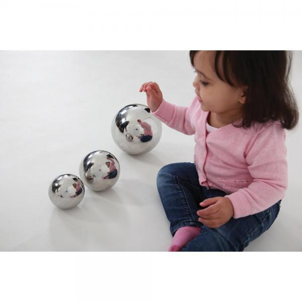 Reflective Balls - Set of 4