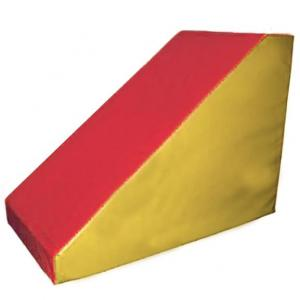 Low wedge 145x72.5x72.5 cm